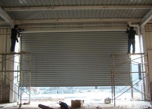 您知道成都电动卷帘门的挡风效果怎么样吗