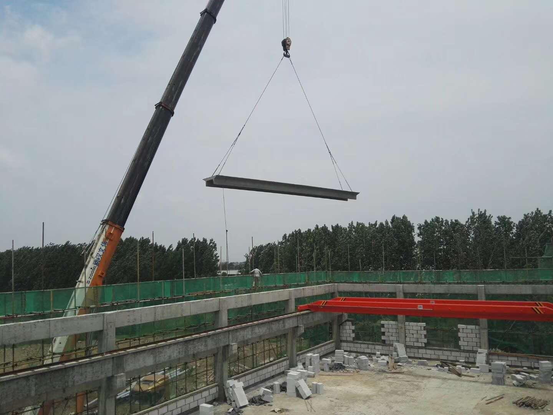 中一科技双T板吊装,焊接完工