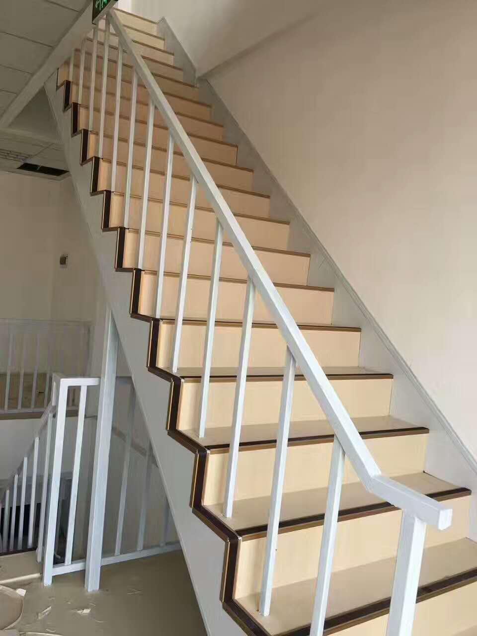 西安鋁合金樓梯踏步