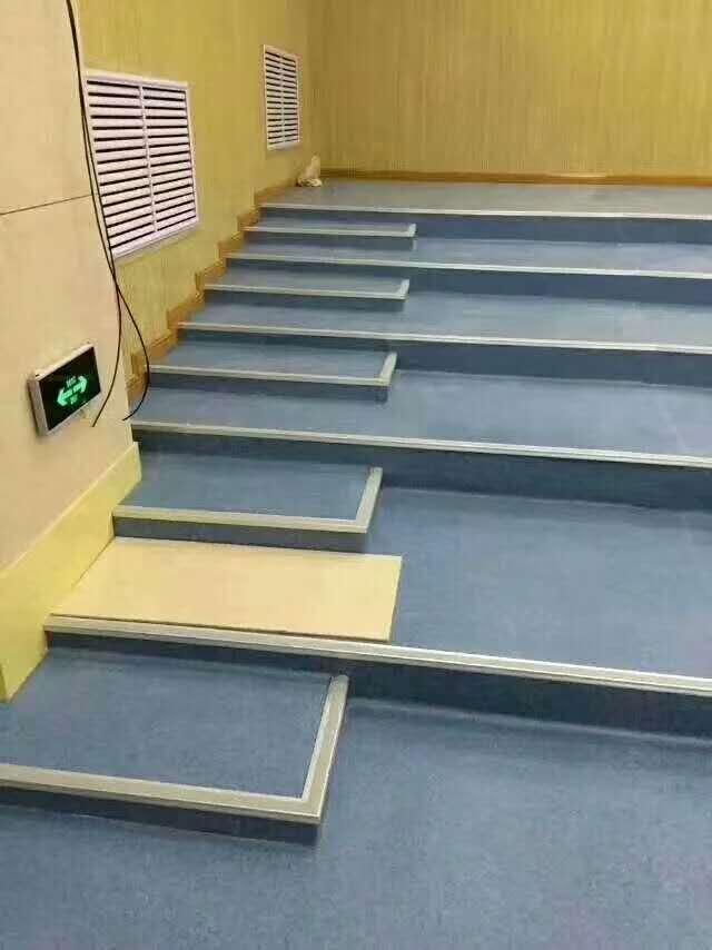 鋁合金樓梯踏步價格