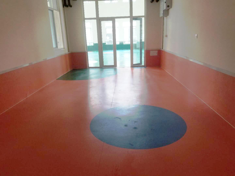 西安市蓝田幼儿园使用塑胶地板