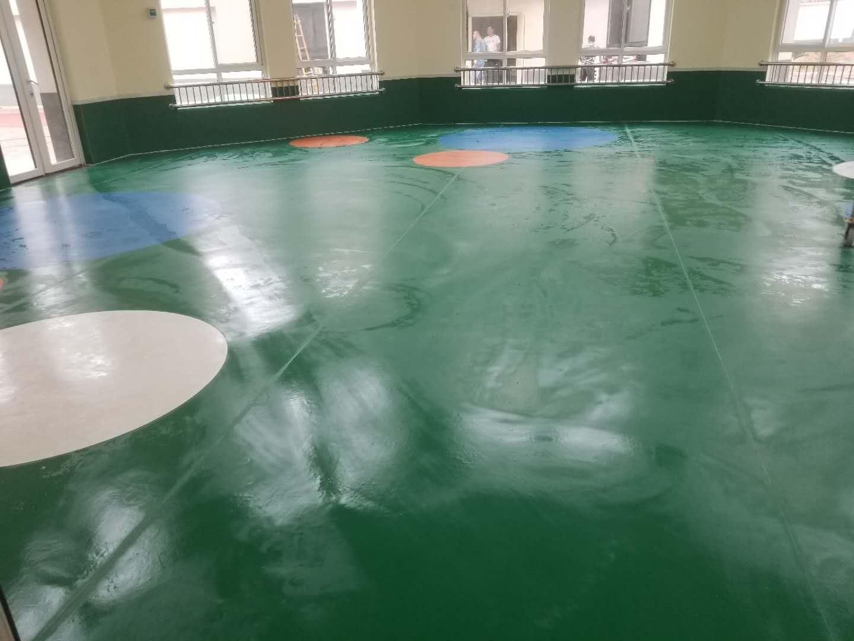西安塑膠地板生產