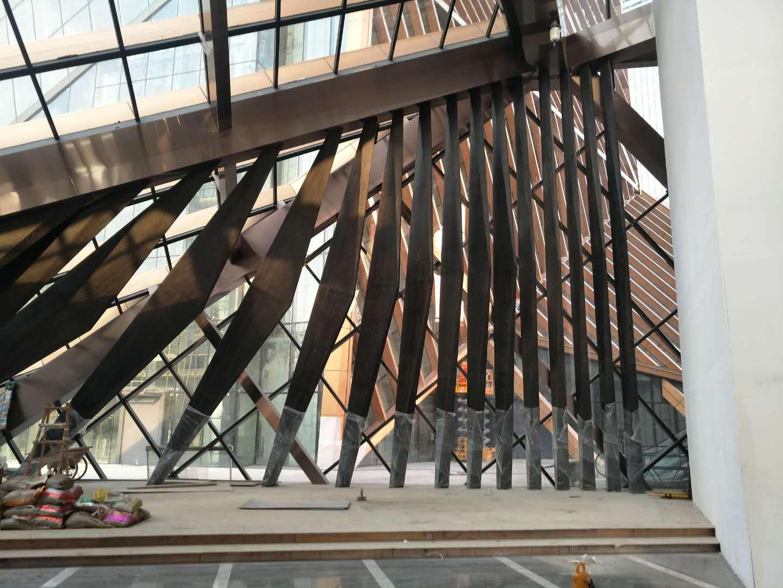 迈科商业中心酒店大堂异形结构