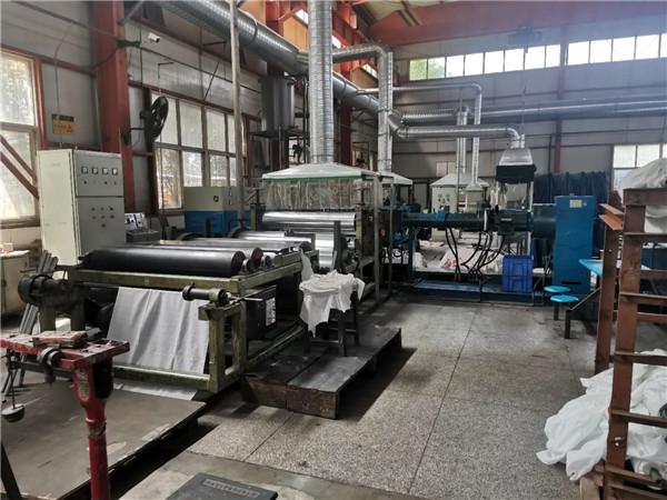 新疆高温胶板生产线