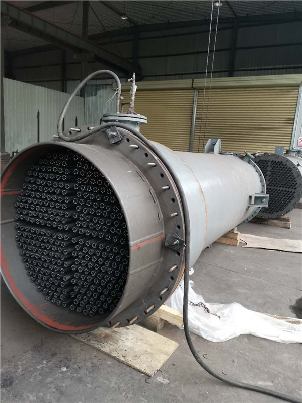 新疆异形石墨换热设备打压试水