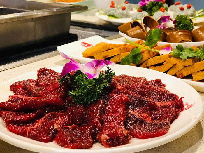 投资牛肉汤锅加盟店,应该如何选择店铺