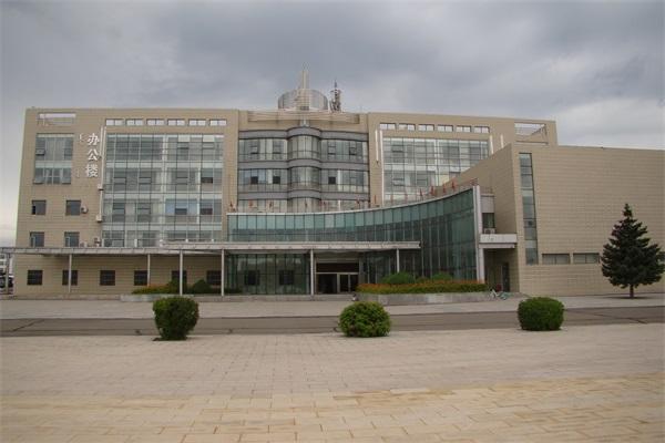 钢结构学院教学办公楼工程施工