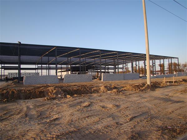 内蒙钢结构彩板厂房建筑工程