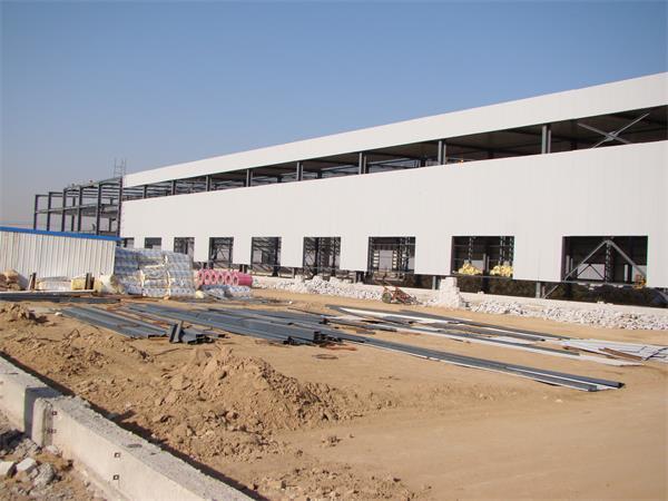 钢结构彩板厂房建设进展情况-4