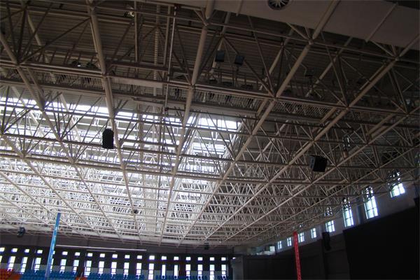 体育场馆的4-2318钢结构已施工完毕实景展示