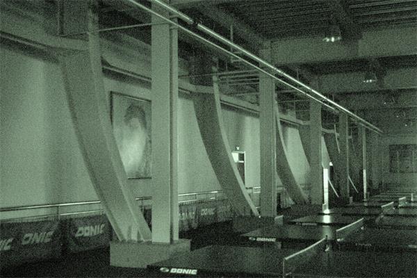 钢结构建筑内部摄影图