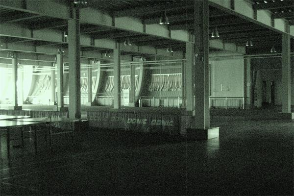 钢结构建筑内部场景