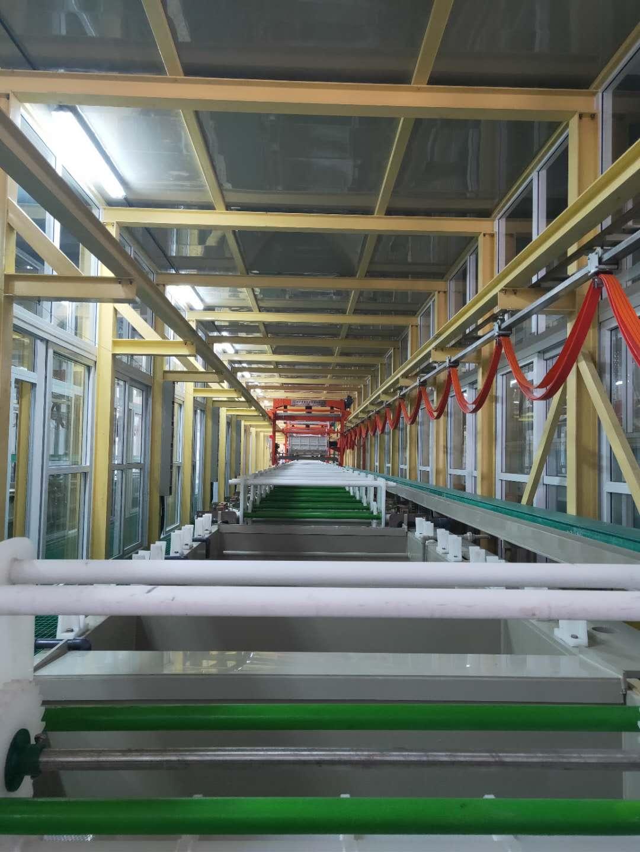 河南滚挂镀生产线厂家告诉你电解除油的特性及使用