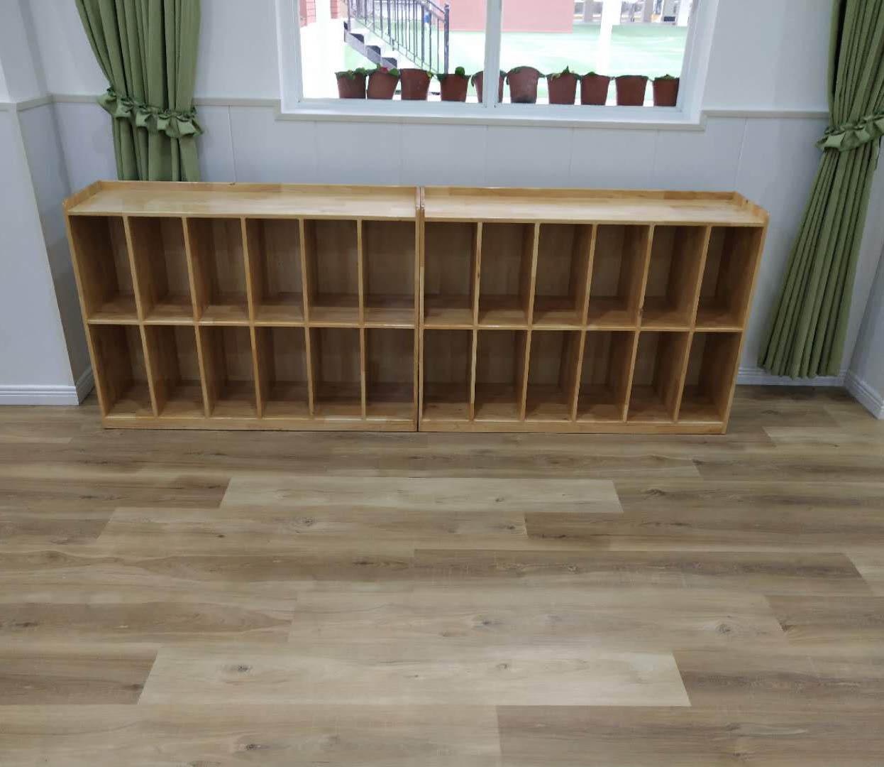 幼儿园实木家具-书包柜