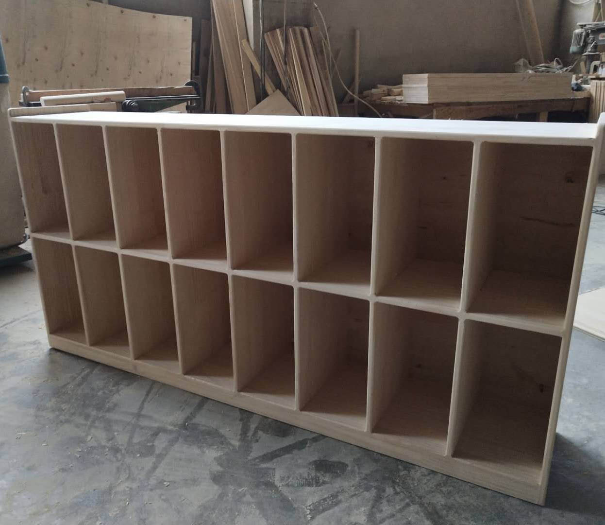 四川学校实木家具-书包柜