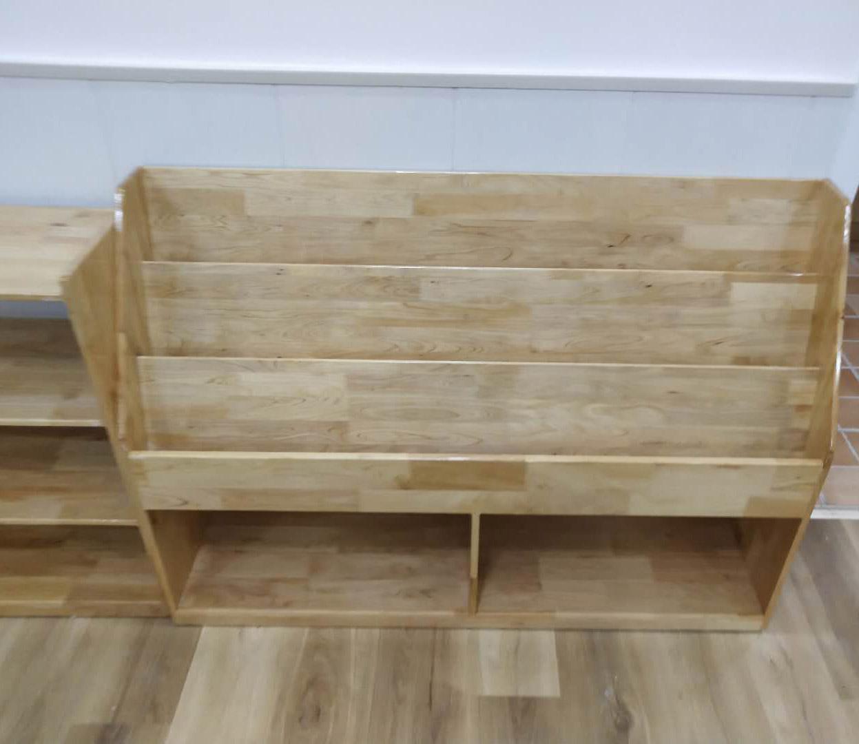 四川幼儿园实木家具-书架