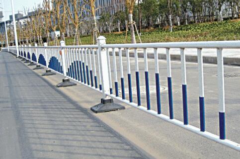 新型交通护栏