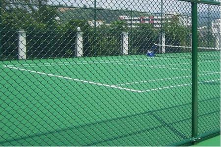 兰州球场护栏网的浸塑流程有哪些