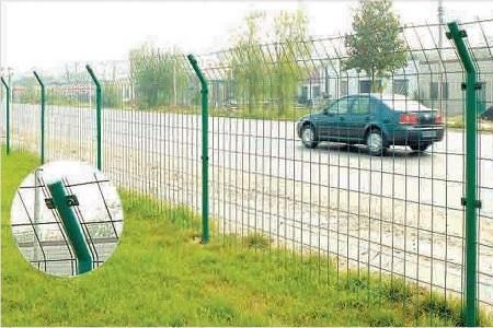 兰州公路护栏网的涂层处理的原因是什么