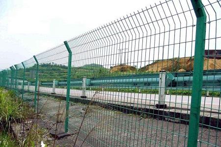 兰州桥梁护栏网的规格与特点有哪些