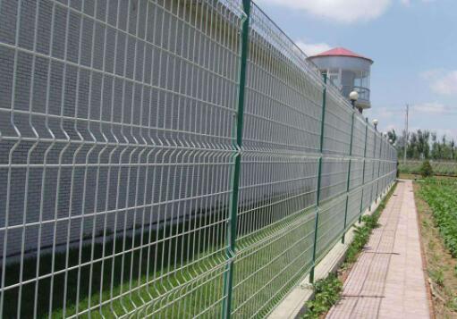 市政护栏网安装