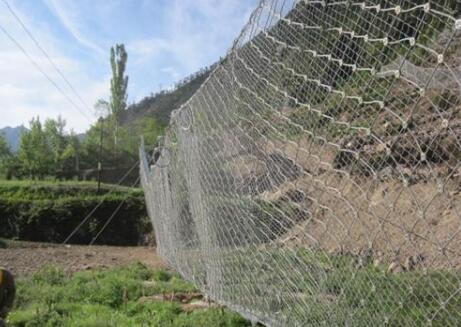 边坡防护网的结构特征