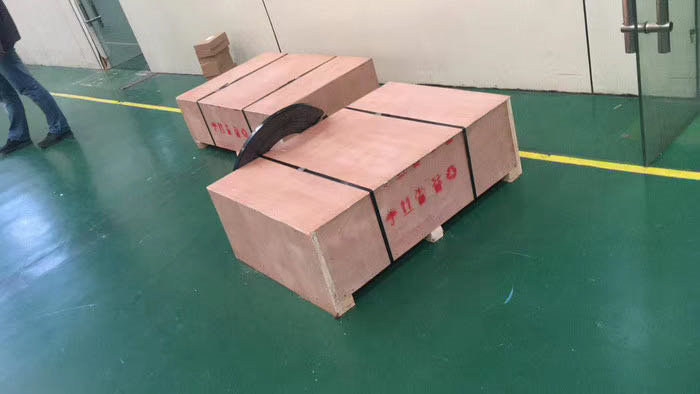 浅析木箱与纸箱对比的优势