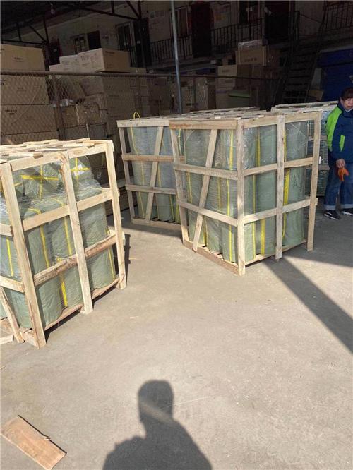打木架包装装货物流发送