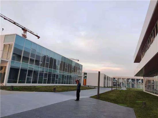 西安国际足球中心透水混凝土路面