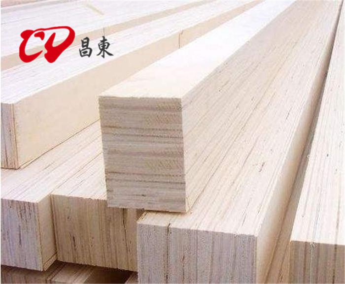 建築木方的原材料有哪些,樟子鬆、鐵杉、樟木、花旗杉、輻射鬆