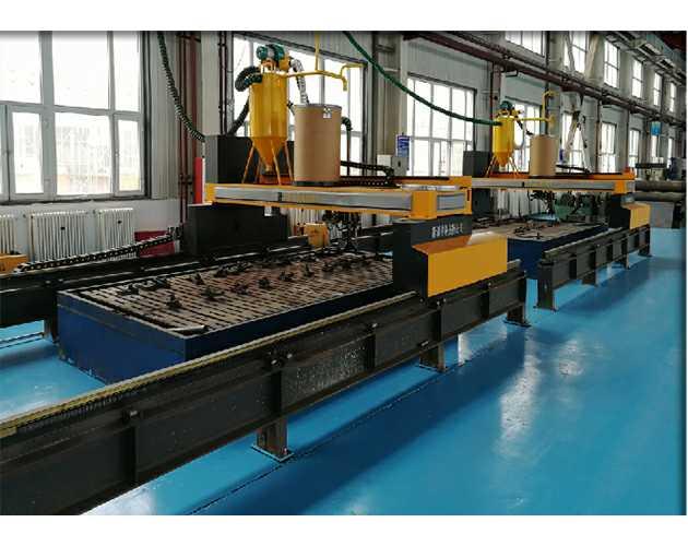 全自动数控耐磨板堆焊机