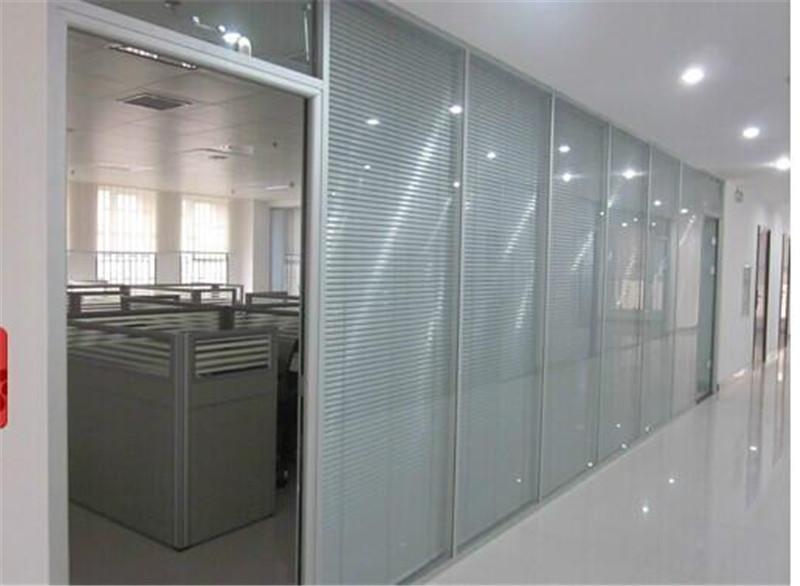 南阳办公隔断---办公隔断的优势是什么?为什么每个公司都有?