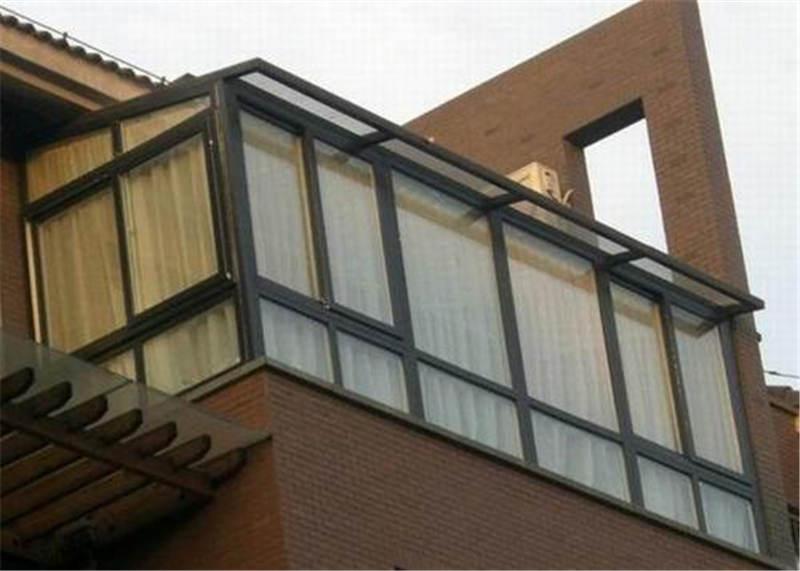南阳封阳台:封阳台的密封性是看材质吗?