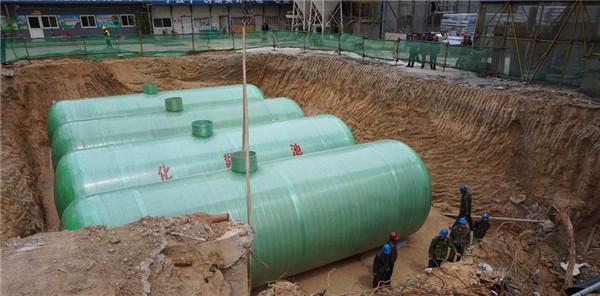 宁夏玻璃钢化粪池厂浅析玻璃钢化粪池与砖砌化粪池之间的区别有哪些?