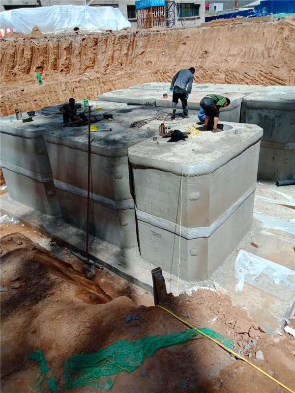 浅析清理玻璃钢化粪池为什么要做通风措施的原因