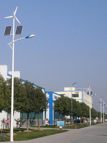 太阳能风光互补路灯案例