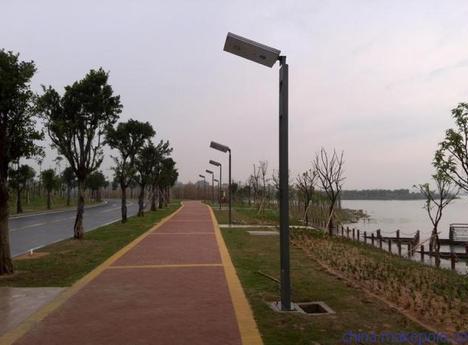 四川农村太阳能公路灯