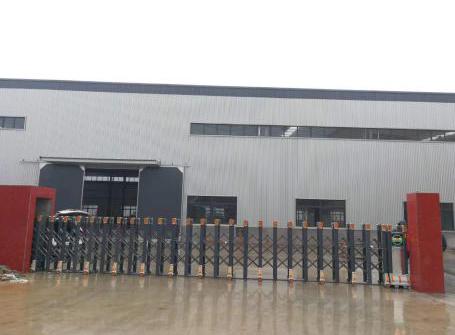 四川德阳市精雄阳光机械有限公司伸缩门案例
