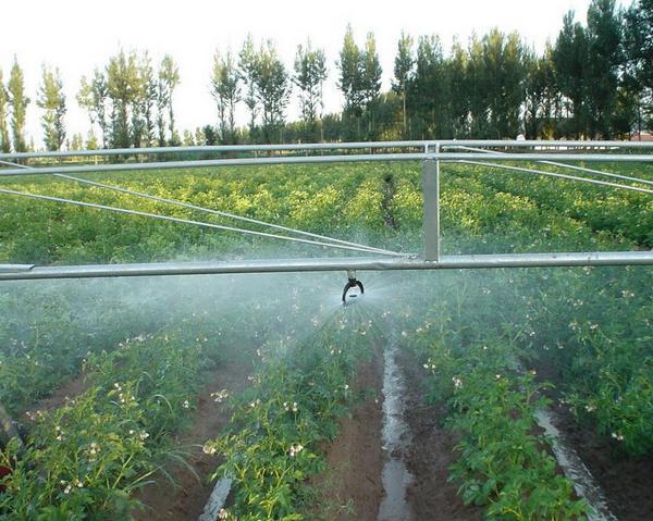 河南节水灌溉设备采用新型灌溉方式的优点有哪些?