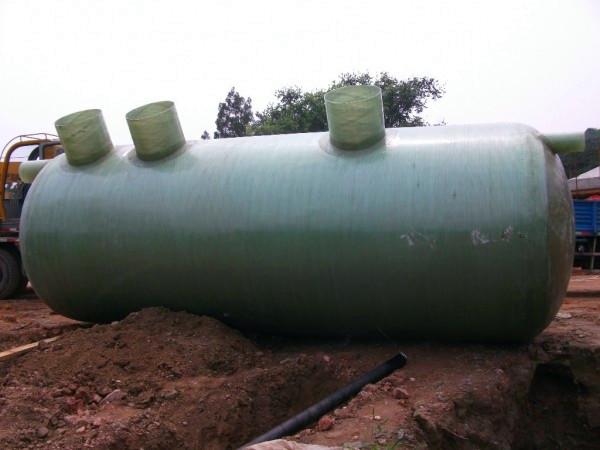 安装玻璃钢化粪池很重要,这些改进玻璃钢化粪池安装土壤条件的关键和办法更为重要