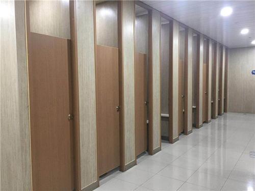 四川卫生间隔断的装修时应该注意什么?