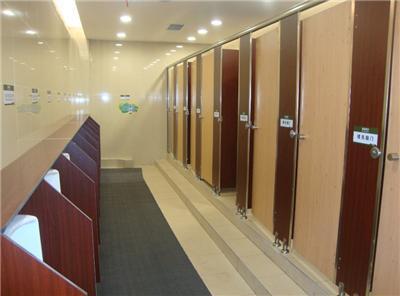 四川公共卫生间隔断配件使用要小心的问题