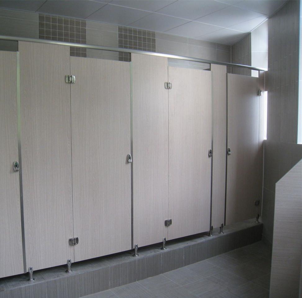 公共厕所隔断材质有哪些 公共厕所隔断有哪些优势?