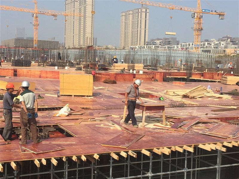 宜昌木方带你了解一下建筑模板的操作工艺