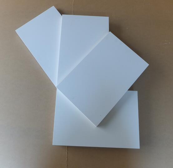 成都pvc雕刻板哪些性能特点吸引到你呢?
