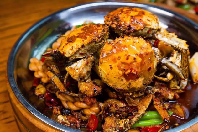 梁子湖大闸蟹的小故事典故,大闸蟹究竟有多美味?