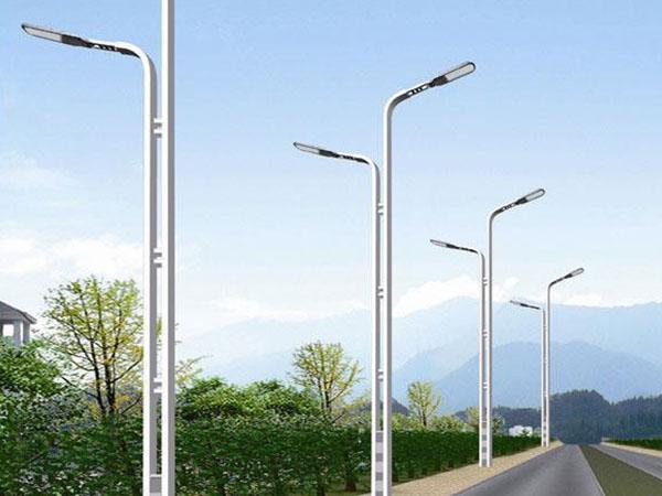 风光互补LED伟德国际娱乐真人游戏的益处和缺陷