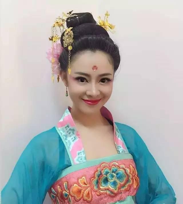 银川舞台妆跟妆