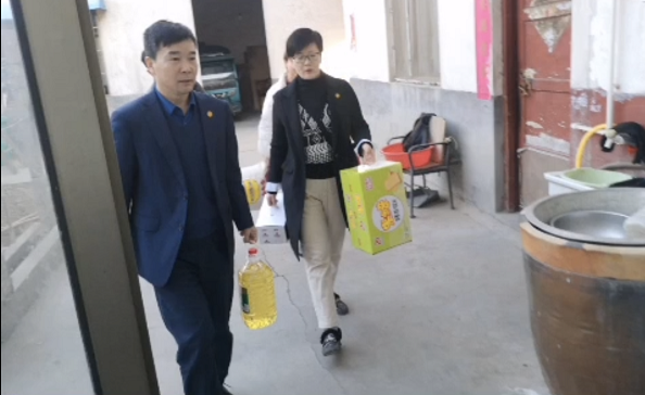 天香面业春节慰问情比金,关爱员工暖人心!
