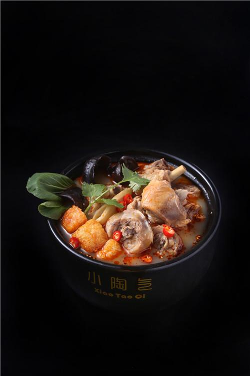 河南砂锅鸡块加盟